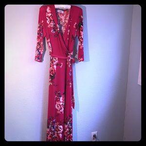 Red Floral Print Maxi Dress, M